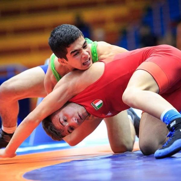 Узбекистанский юниор впервые за 20 лет награжден «золотом» чемпионата мира по вольной борьбе (видео)