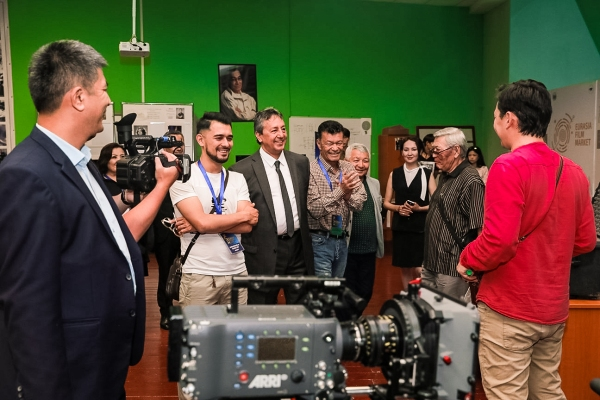 Карим Мирхадиев получил приз кинофестиваля «Евразия» в Астане