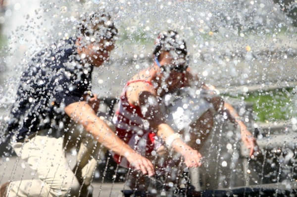 Жара не отступает: синоптики обещают сохранение высокой температуры до конца недели