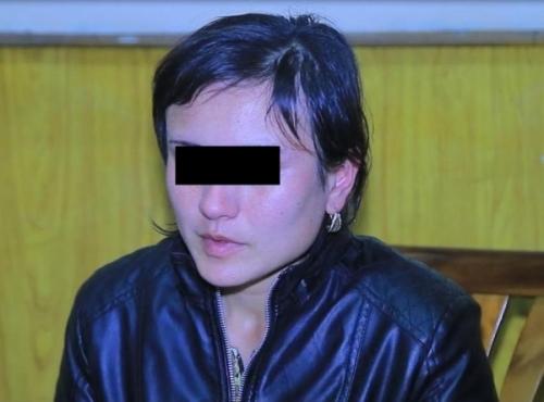 Суд вынес приговор женщине, задушившей своего 3-летнего сына на остановке в Коканде
