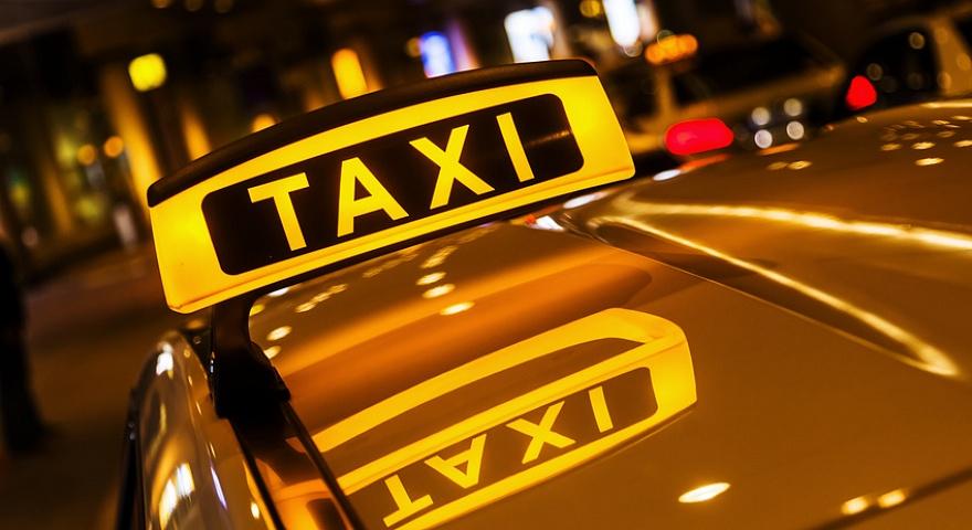 Жители Ташкента проводят в такси 60 часов в течение года