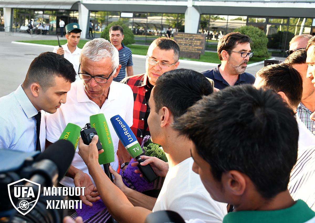 В Ташкентском аэропорту встретили Эктора Купера