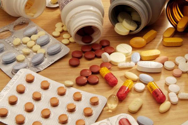 Список основных лекарственных средств расширен до 820 позиций