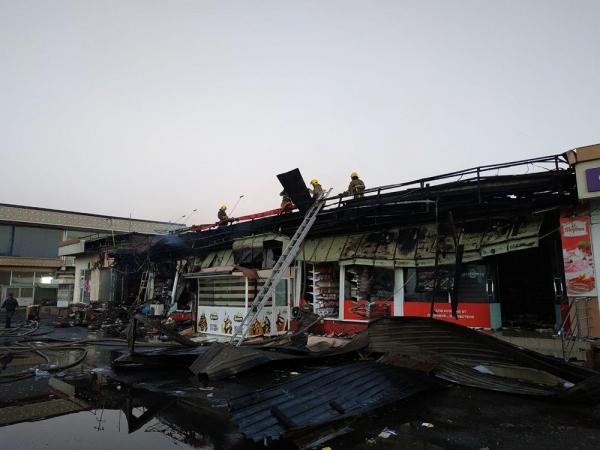В Сергелийском районе ночью сгорел супермаркет