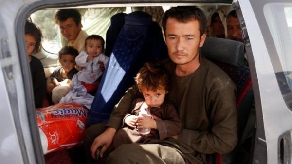 В Афганистане продолжается битва за Газни. В городе нет еды и воды