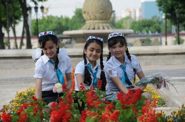 Во всех городах и районах Узбекистана открылись центры здоровья девочек