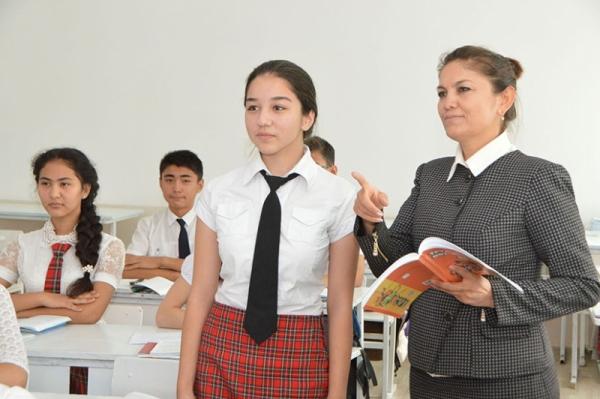 Выпускников школ снова будут награждать золотыми и серебряными медалями