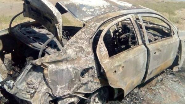 Супружеская пара заживо сгорела в автомобиле на трассе в Джизакской области