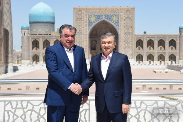 Шавкат Мирзиёев и Эмомали Рахмон посетили достопримечательности Самарканда (фото)