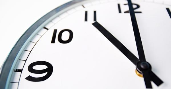 Стало известно, каким заведениям общественного питания разрешат работать после 23.00