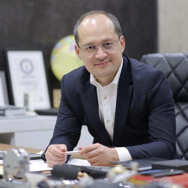 Комил Алламжонов раскрыл подробности кадровых перестановок в администрации президента