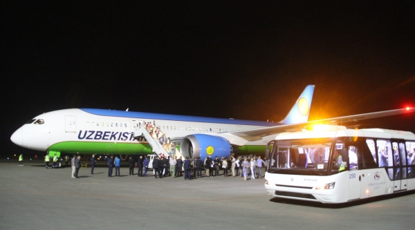 В Госкомтуризма разъяснили, почему китайскому туристу пришлось покупать билет «Узбекистон хаво йуллари»