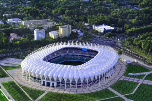 Стадион «Миллий» отключен от водоснабжения и электричества за неуплату