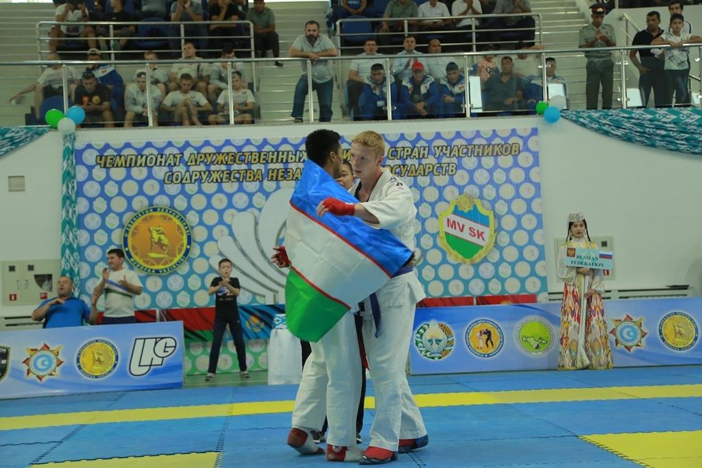 Команда Минобороны Узбекистана заняла первое место по армейскому рукопашному бою среди армий СНГ (Фото)