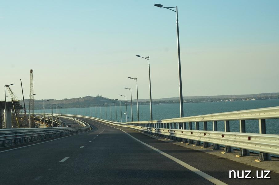 Крым, Керчь и чайки над мостом