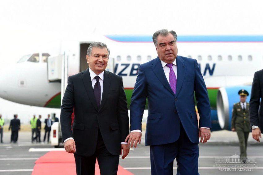 Начался официальный визит Шавката Мирзиёева в Таджикистан