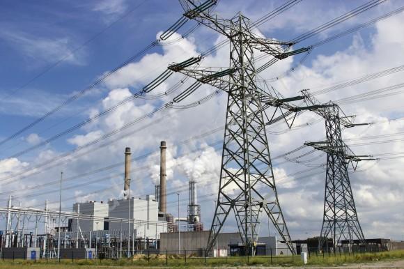 Социально-ориентированная тарифная политика - путь к энергетическому кризису