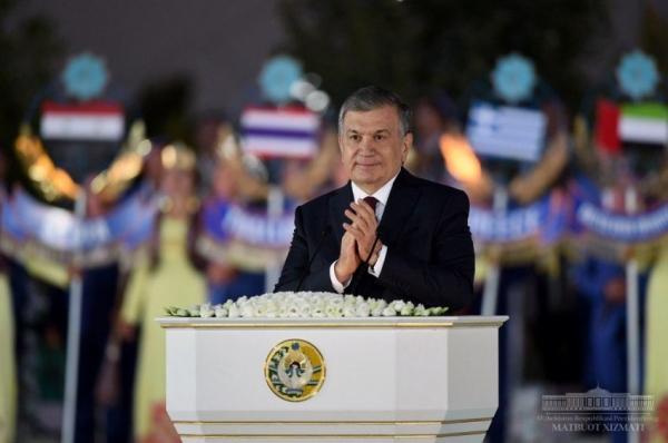 """""""Добро пожаловать в Узбекистан, добро пожаловать в Шахрисабз!"""", - Шавкат Мирзиёев открыл Международный форум макома"""