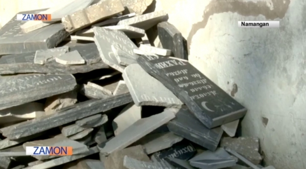 Вандализм в Наманганском районе: мужчина разбил 86 надгробных плит (видео)