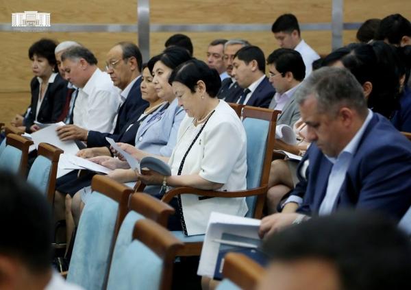 Ташкентские депутаты переименовали улицу Яккачинор и учредили комиссию по проведению свадеб