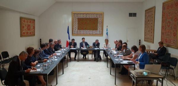 Цифровые эко-школы, преподаватели-французы и Парижская академия моды: новые образовательные проекты Франции в Узбекистане