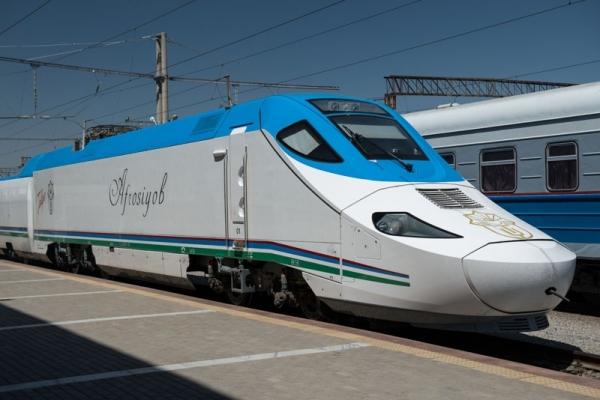 В Узбекистане обещают улучшить качество пассажирских перевозок на железнодорожном транспорте