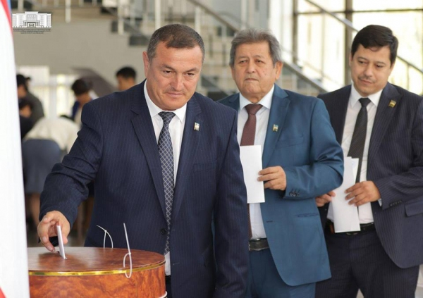 Хоким Ташкента стал сенатором Олий Мажлиса