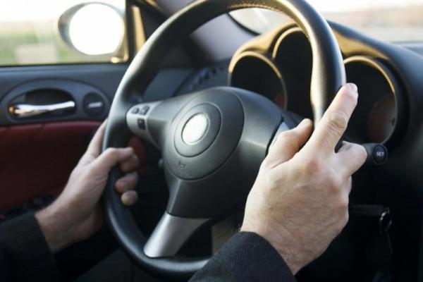 Замена старых водительских прав на новые займет 20 минут (инфографика)