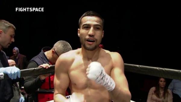 Шахрам Гиясов нокаутировал «непобедимого» Хулио Лагуну на стадионе «Уэмбли» (видео)