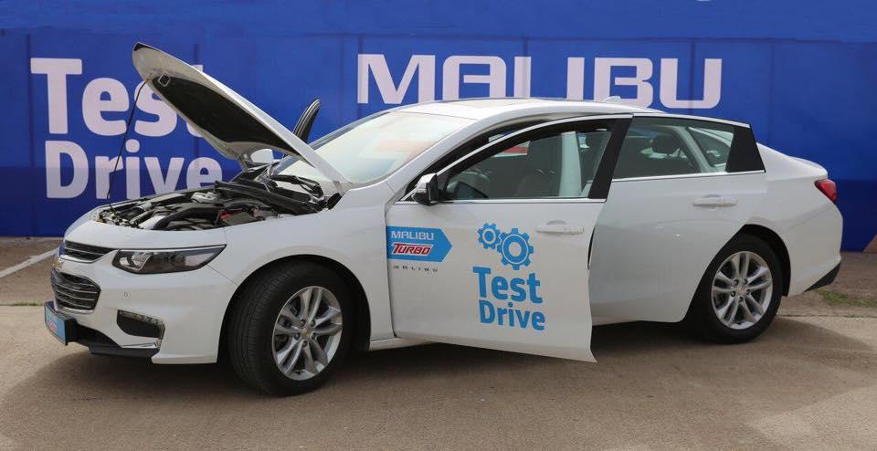 В Узбекистане презентован первый автомобиль с турбодвигателем