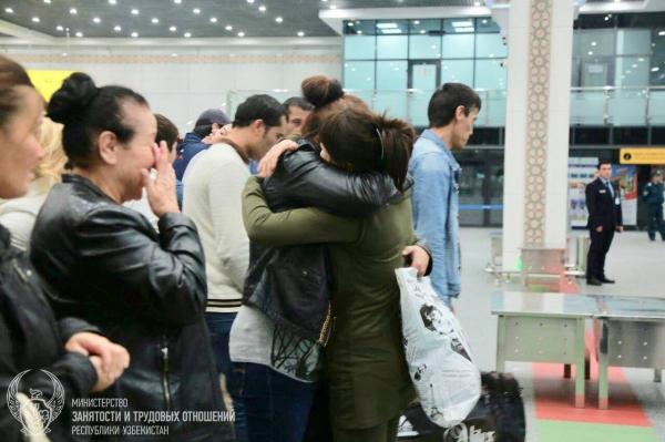 Узбекистанцы, оказавшиеся в России без документов и денег, возвращены на родину
