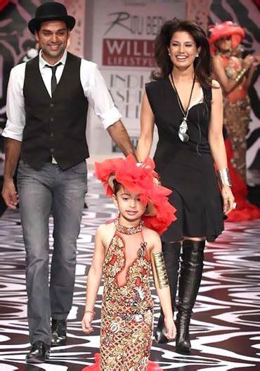 Известный индийский дизайнер Риту Бери примет участие в работе «Ташкентской недели моды»