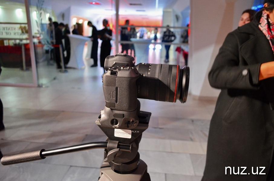 Новинка от Canon - компания презентовала новую полнокадровую беззеркальную камеру EOS R в Узбекистане