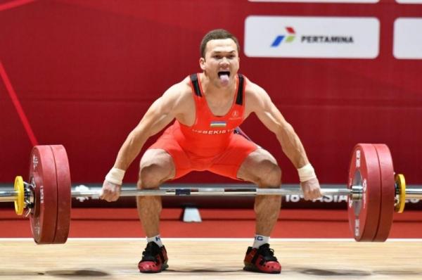 19-летний штангист Адхамжон Эргашев установил мировой рекорд