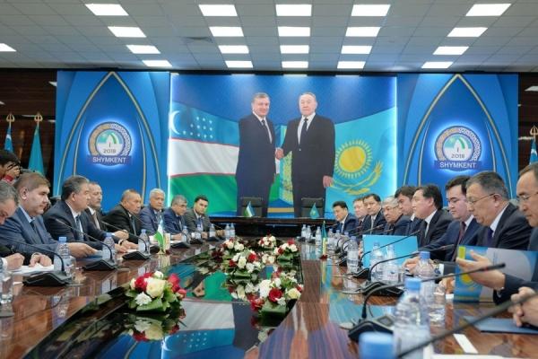 Узбекистан и Казахстан договорились о взаимном признании визовых режимов