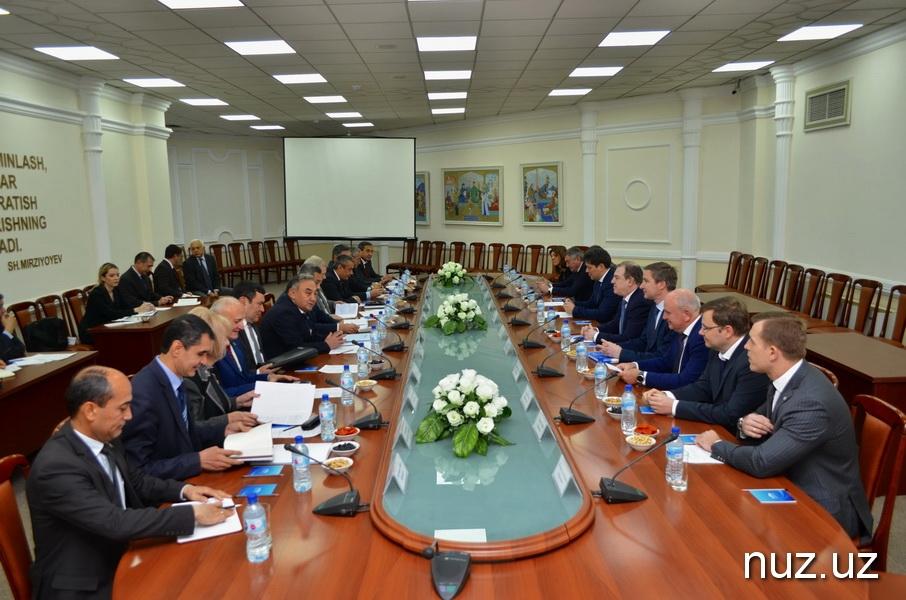 Делегация «Росатома» провела переговоры с депутатами Олий Мажлиса
