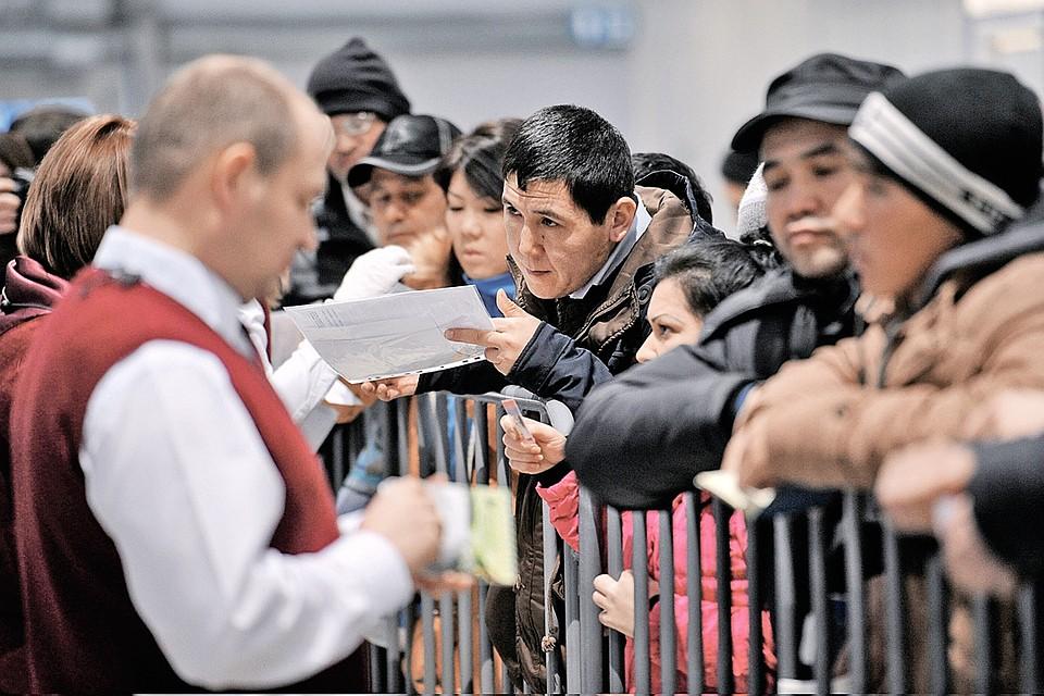 Каждый второй россиянин считает, что мигранты повышают уровень преступности в стране