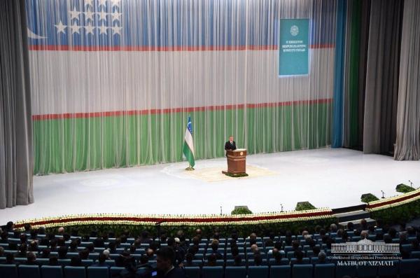 Президент помиловал 136 осужденных и указал на необходимость пересмотреть права заключенных