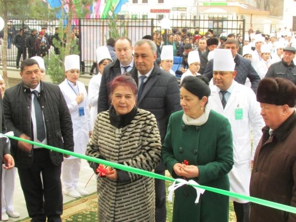 В Самарканде после реконструкции открыли поликлинику №4