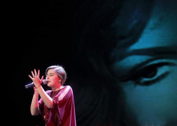Певица, голос которой заставляет слушателей плакать…