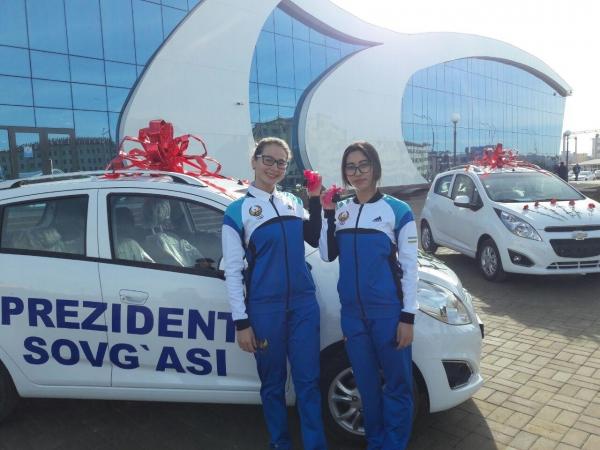 Спортсменкам, завоевавшим медали III Параазиатских игр, от имени Президента вручены автомобили Spark