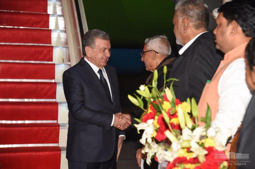 Президент Узбекистана прибыл в Гуджарат