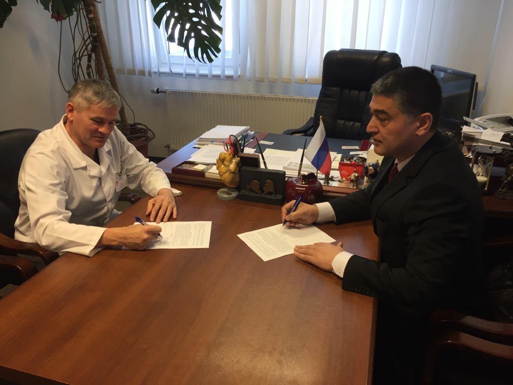 """В Узбекистане откроется """"школа"""" южноуральской кардиохирургии"""