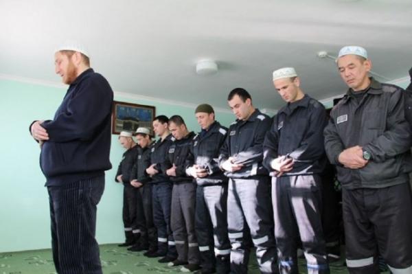 Можно ли остановить вербовку рекрутов среди трудовых мигрантов из Узбекистана в зоны боевых конфликтов?