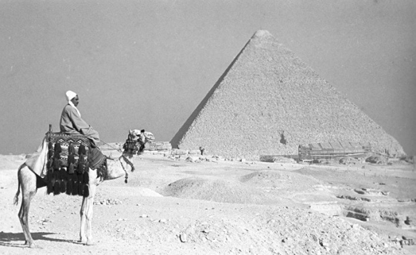 Древний Египет: секретные файлы КГБ показывают шокирующие «необъяснимые» факты о пирамидах (Daily Express, Великобритания)