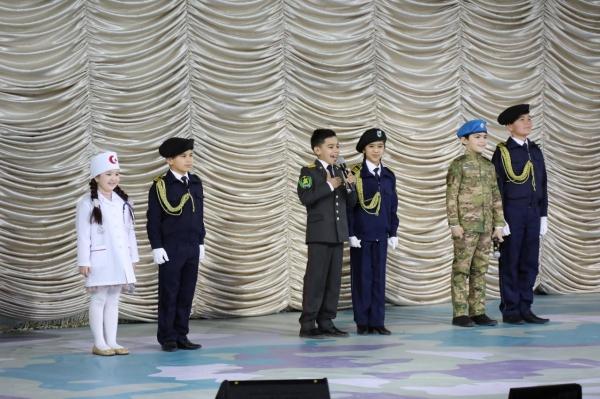 В Узбекистане отмечают День защитников Родины (фото)