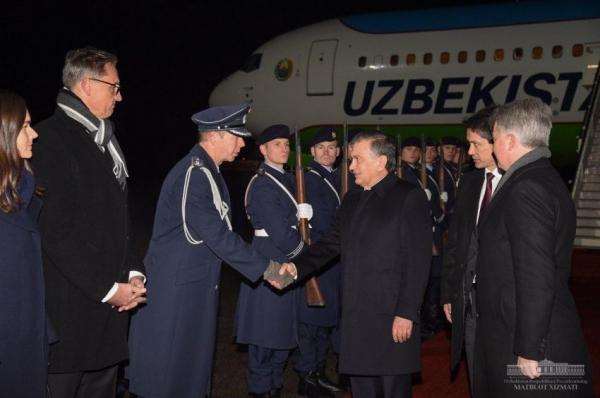 Шавкат Мирзиёев прибыл в Германию с официальным визитом