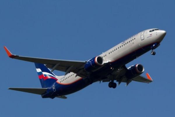 Пассажир рейса Сургут - Москва потребовавший направить самолет в Афганистан, задержан
