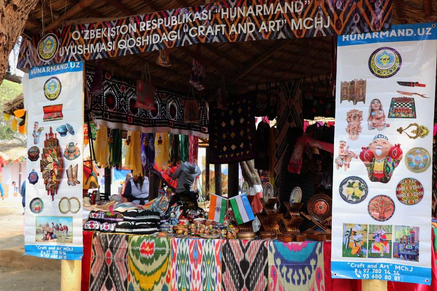 Ассоциация «Хунарманд» приняла участие в ярмарке ремесленных изделий Индии