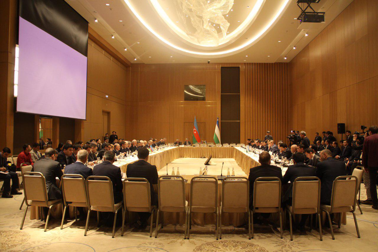 Узбекистан и Азербайджан создадут совместный деловой Совет